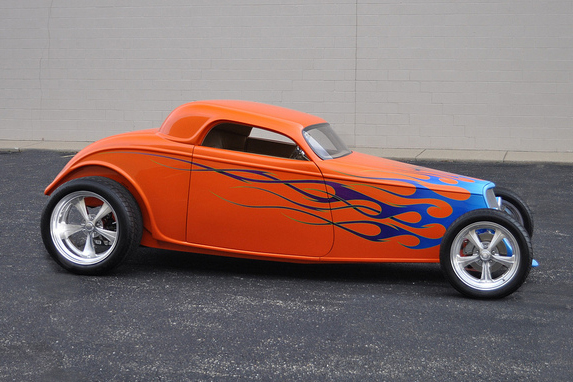 1933 FORD CUSTOM COUPE - Side Profile - 97907