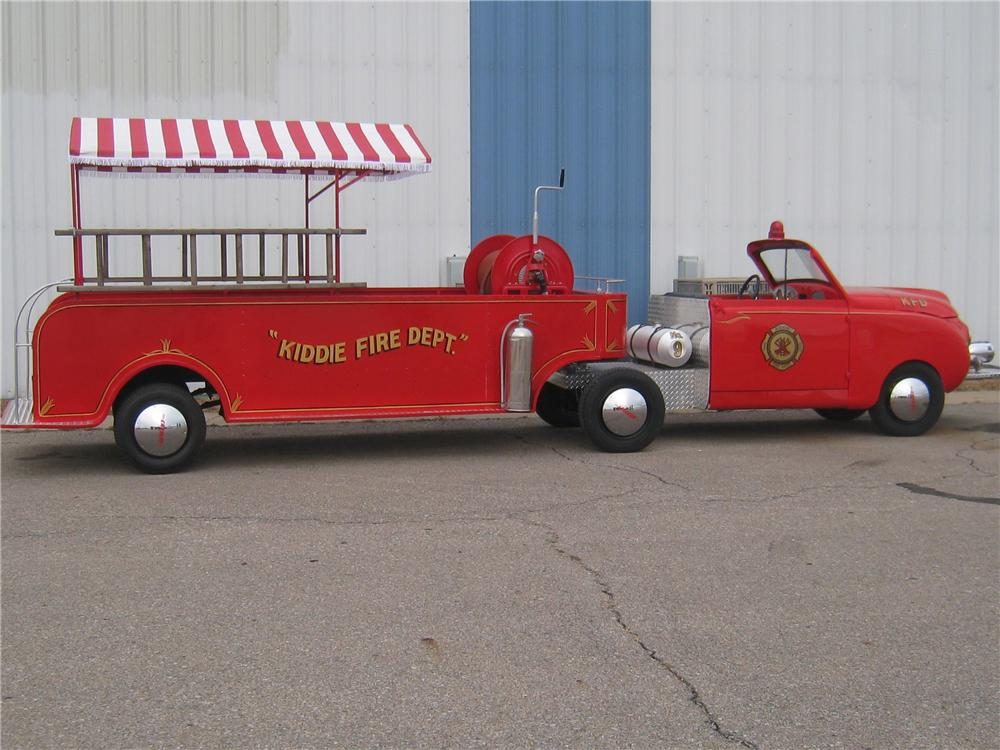1949 CROSLEY HOOK AND LADDER FIRE TRUCK - Side Profile - 97909