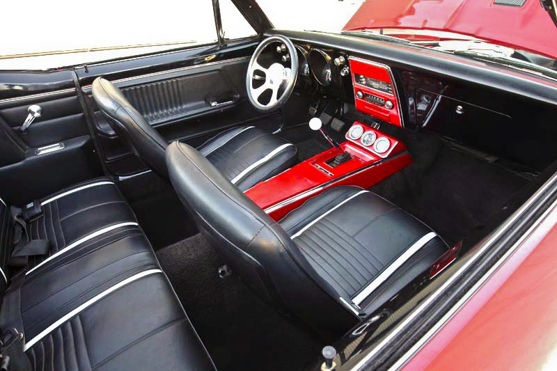 1967 CHEVROLET CAMARO CUSTOM CONVERTIBLE - Interior - 98020