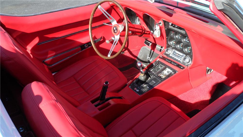 1968 CHEVROLET CORVETTE CONVERTIBLE - Interior - 98056