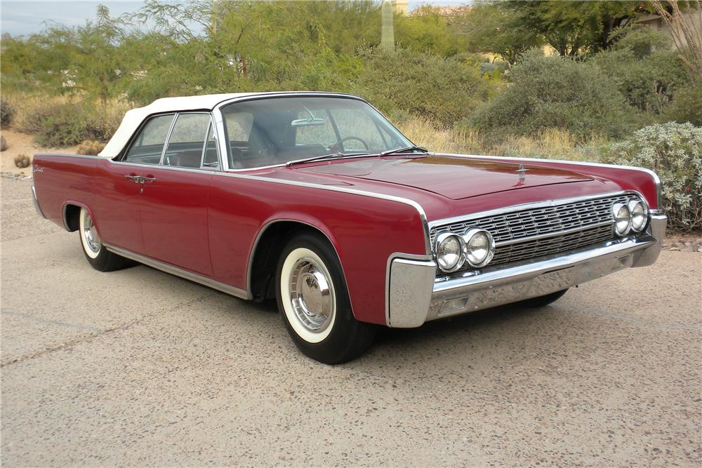1962 LINCOLN CONTINENTAL CONVERTIBLE - Front 3/4 - 98072