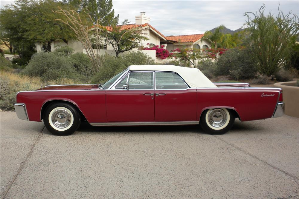 1962 LINCOLN CONTINENTAL CONVERTIBLE - Side Profile - 98072