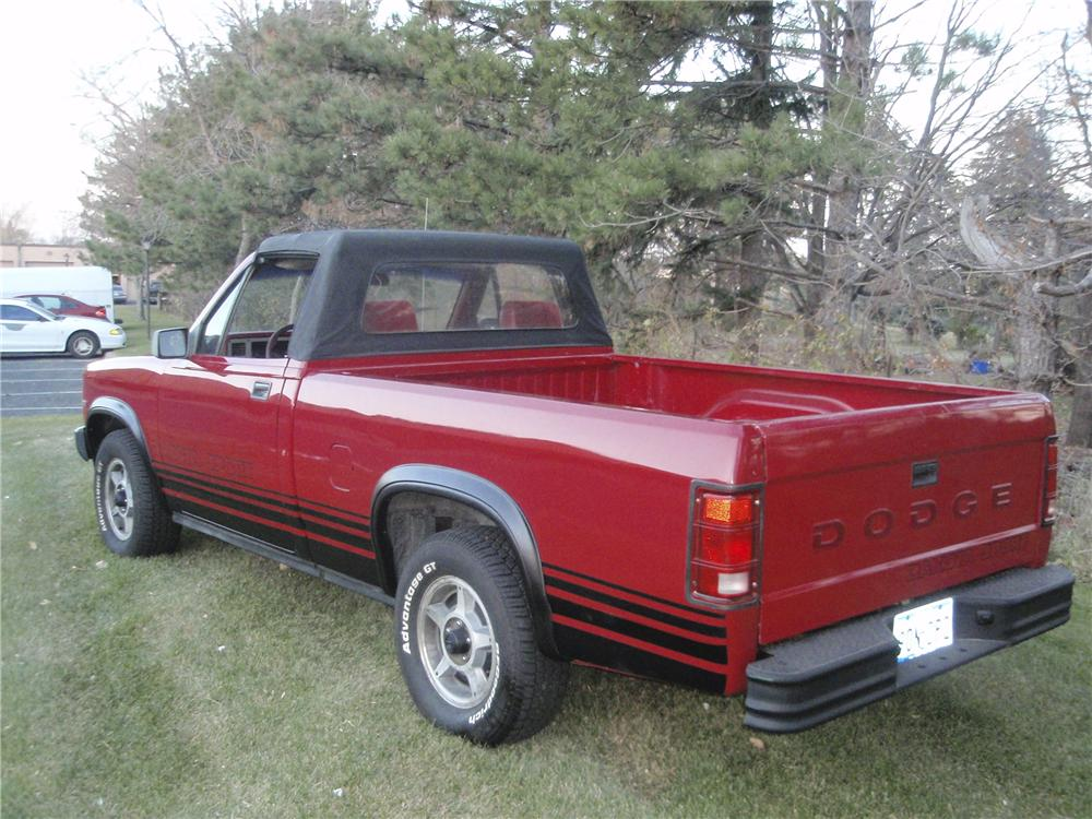 1989 DODGE DAKOTA CONVERTIBLE PICKUP - Rear 3/4 - 98076