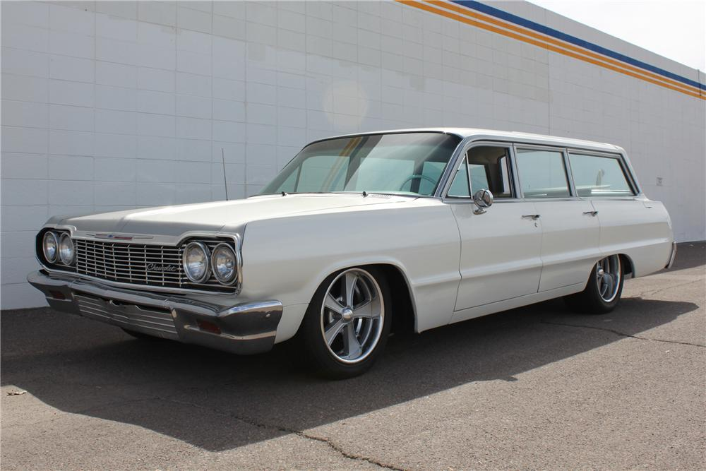 1964 CHEVROLET BISCAYNE CUSTOM WAGON - Front 3/4 - 98077
