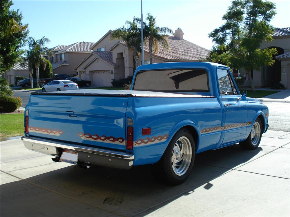 1970 GMC 1/2 TON CUSTOM PICKUP - Rear 3/4 - 98091