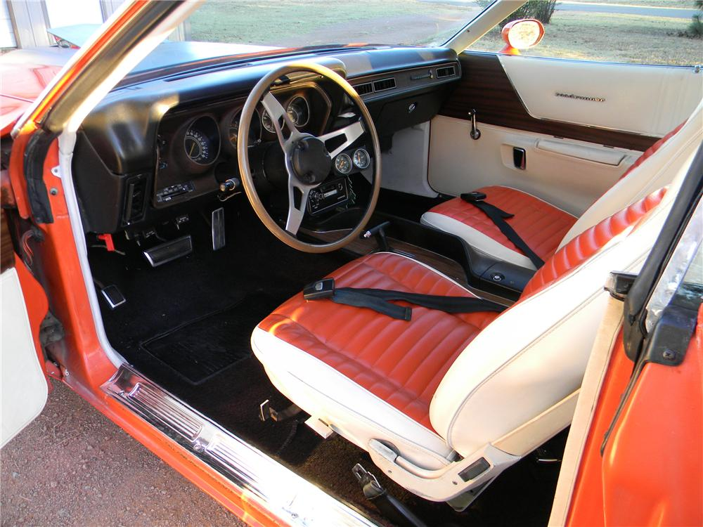 1971 PLYMOUTH ROAD RUNNER 2 DOOR HARDTOP - Interior - 98092