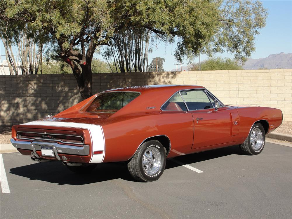 1970 DODGE CHARGER R/T 2 DOOR HARDTOP - Rear 3/4 - 98104