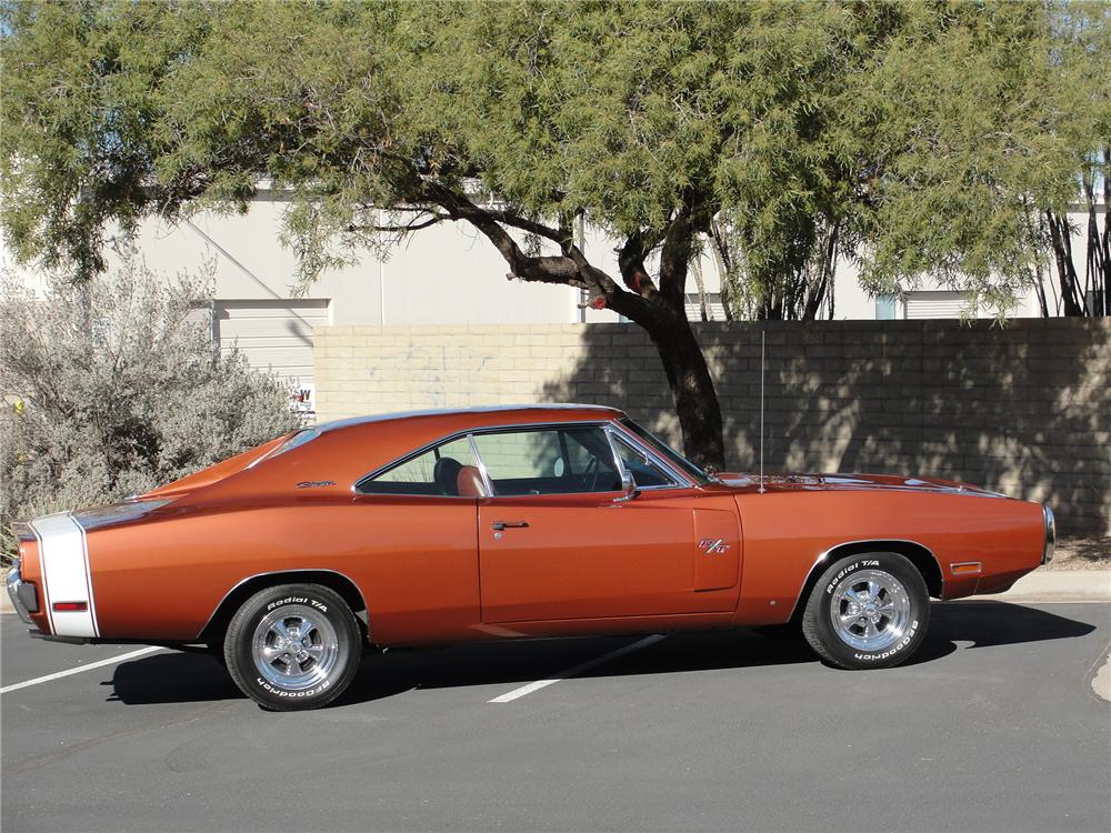 1970 DODGE CHARGER R/T 2 DOOR HARDTOP - Side Profile - 98104