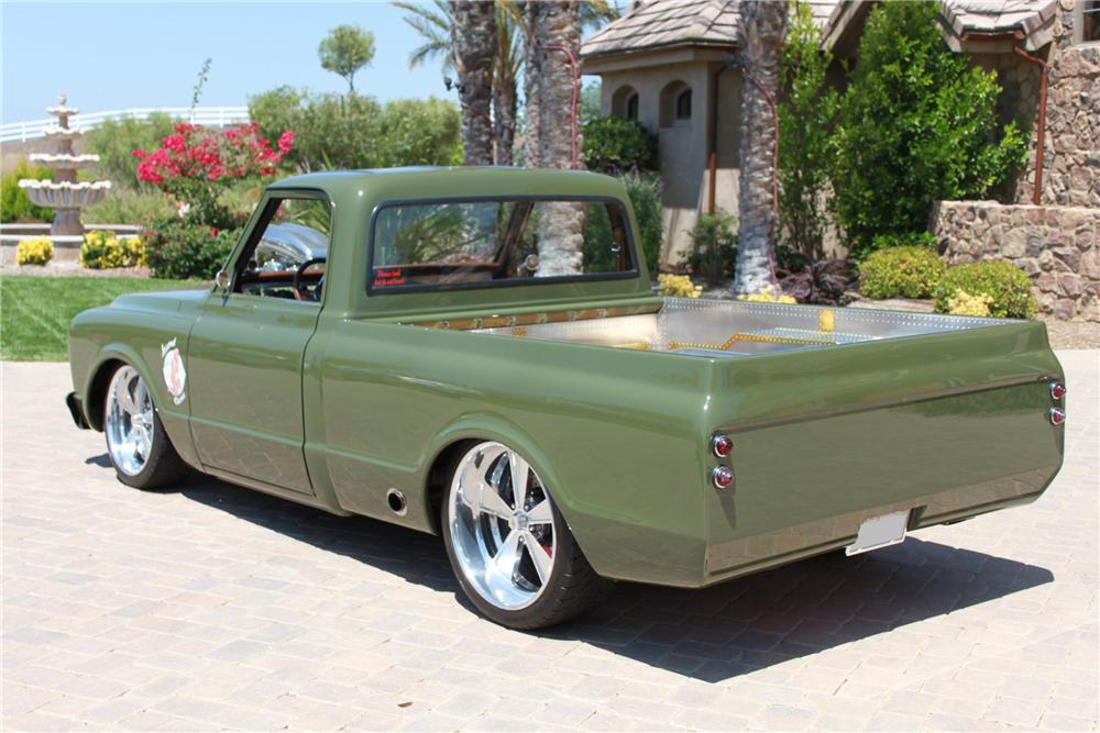 1967 CHEVROLET C-10 CUSTOM TRUCK - Rear 3/4 - 98118