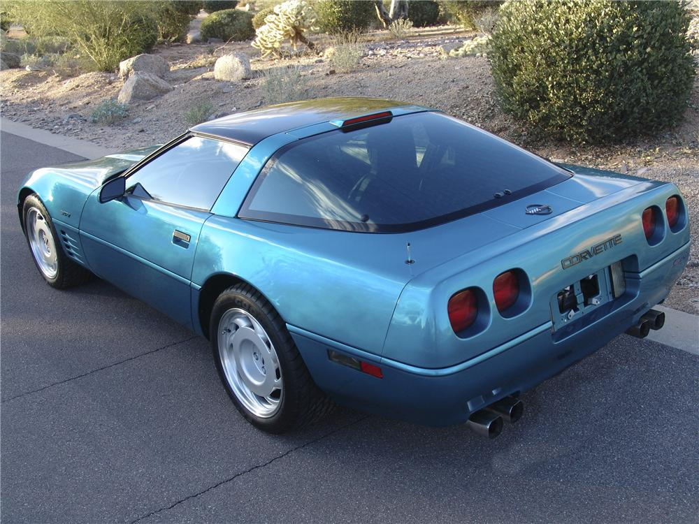 1992 CHEVROLET CORVETTE ZR1 COUPE - Rear 3/4 - 98128