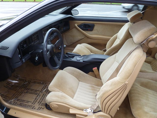 1987 PONTIAC FIREBIRD TRANS AM GTA 2 DOOR COUPE - Interior - 98136
