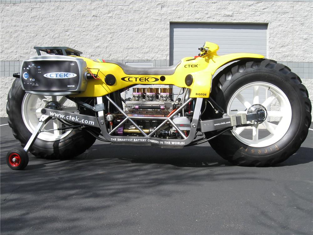 1999 BIG TOE CUSTOM MOTORCYCLE - Front 3/4 - 98141