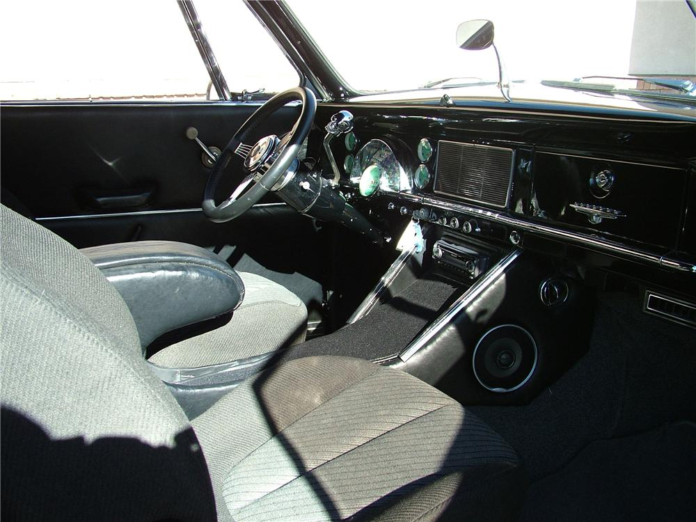 1950 STUDEBAKER CUSTOM CONVERTIBLE - Interior - 98175