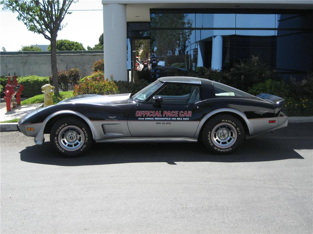 1978 CHEVROLET CORVETTE LIMITED EDITION PACE CAR COUPE - Front 3/4 - 98573