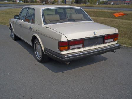 1986 ROLLS-ROYCE SILVER SPIRIT 4 DOOR SEDAN - Rear 3/4 - 98613