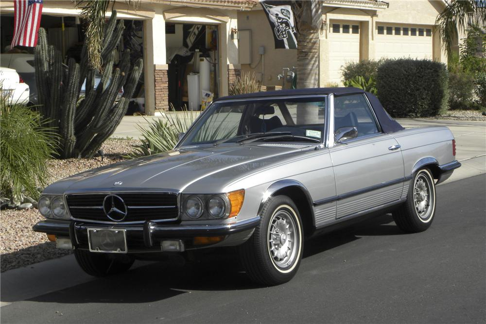 1973 MERCEDES-BENZ 450SL CONVERTIBLE - Front 3/4 - 98926
