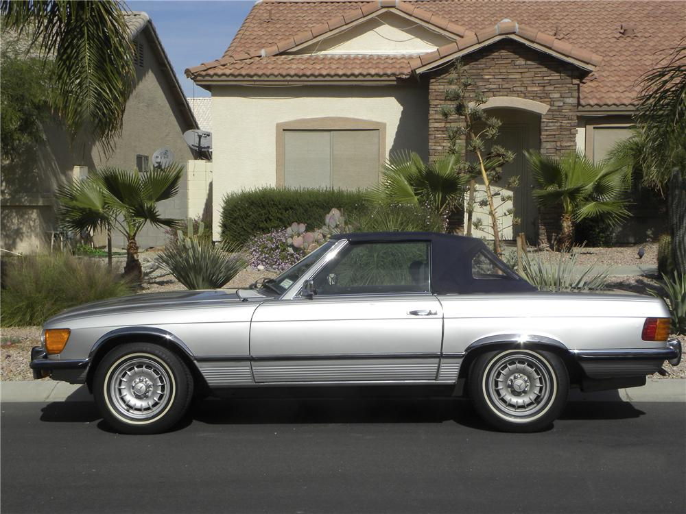 1973 MERCEDES-BENZ 450SL CONVERTIBLE - Side Profile - 98926