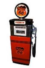 Outstanding late 1950s-60s Phillips 66 restored Wayne 505 service station gas pump. - Front 3/4 - 151905