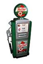 Sensational 1950s Texaco Oil Sky Chief Gasoline Wayne model #100 restored service station gas pump. - Front 3/4 - 154643