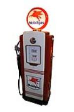Sharp 1940s-50s Mobil Oil Wayne restored service station gas pump.  Restored to highest possible standards! - Front 3/4 - 154652