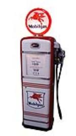 Phenomenal late 1940's Mobil Oil Calco-Meter restored service station gas pump - Front 3/4 - 174855