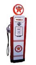 Late 1940's Texaco Oil Wayne model #70 restored service station gas pump. - Front 3/4 - 174861