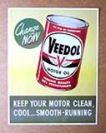 "N.O.S. 1958 Veedol Motor Oil ""Change Now"" service station full-color display cardboard. - Front 3/4 - 174880"