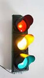 Circa 1930's-40's municipal traffic light in working condition. - Front 3/4 - 177850