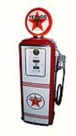 Choice late 1940's-early 50's Texaco Oil Tokheim model #39 restored service station gas pump. - Front 3/4 - 177955