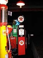 Extraordinary 1936 Texaco Gilbarco model #86 service station pump with station lighter unit. - Front 3/4 - 79502