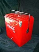 Very nice 1950s Coca-Cola cooler with chrome cap opener. - Front 3/4 - 98031