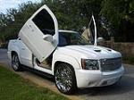 2007 CHEVROLET AVALANCHE CUSTOM PICKUP - Front 3/4 - 101722