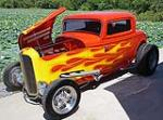 1932 FORD CUSTOM 2 DOOR COUPE - Front 3/4 - 112645