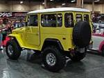 1977 TOYOTA LAND CRUISER FJ-40 CUSTOM SUV - Rear 3/4 - 113823