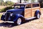 1936 FORD CUSTOM WOODY WAGON - Front 3/4 - 116050