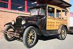 1926 FORD MODEL T WOODY WAGON - Front 3/4 - 116255