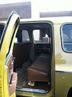 1975 CHEVROLET SUBURBAN 4 DOOR SEDAN - Interior - 116482