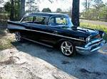 1957 CHEVROLET 210 CUSTOM 2 DOOR POST - Front 3/4 - 125354