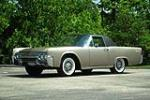 1962 LINCOLN CONTINENTAL CUSTOM COUPE - Front 3/4 - 137917