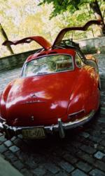 1957 MERCEDES-BENZ 300SL GULLWING COUPE - Rear 3/4 - 15682