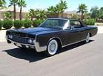 1967 LINCOLN CONTINENTAL CONVERTIBLE - Front 3/4 - 157322
