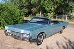 1966 LINCOLN CONTINENTAL CONVERTIBLE - Front 3/4 - 157577