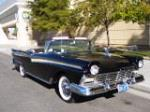 1957 FORD SKYLINER RETRACTABLE HARDTOP - Front 3/4 - 181730