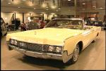 1967 LINCOLN CONTINENTAL CONVERTIBLE - Front 3/4 - 18231
