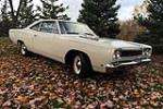 1968 PLYMOUTH ROAD RUNNER - Front 3/4 - 182443
