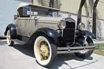 1930 FORD MODEL A ROADSTER - Front 3/4 - 184184
