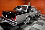 1983 LINCOLN CONTINENTAL MARK VI - Rear 3/4 - 184630