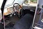 1940 CHRYSLER WINDSOR 4-DOOR - Interior - 185873