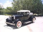1929 FORD ROADSTER - Front 3/4 - 19337