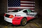 2015 FORD MUSTANG GT FASTBACK - Rear 3/4 - 204210